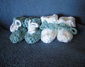 2 Pair of Crocheted Baby Booties, Size 3-6 Month, Baby Shower Gift