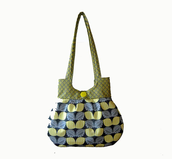 Classy Curvy Handbag Purse Tote Shoulder Bag Roomy Purse with Pockets Gift For Mother Mom Grandmother Sister or Friend by CraftCrazy4U