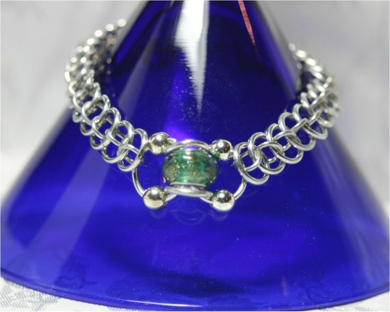 Dragon Tail with Green Glass Bead Bracelet