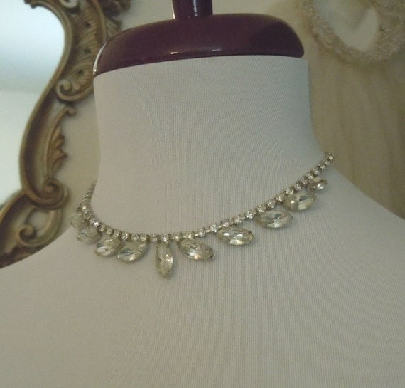 1950's WEISS unsigned RHINESTONE Marquise Necklace CHOKER Free Shipping