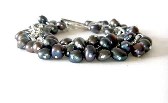 CLEARANCE SALE - Black Fresh Water Pearl Bracelet