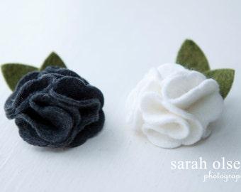 White & Grey Felt Flower Hair Clips -Set of 2