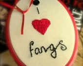 I Heart Fangs Vampire Fan Hand Embroidered Wall Hanging UK Seller