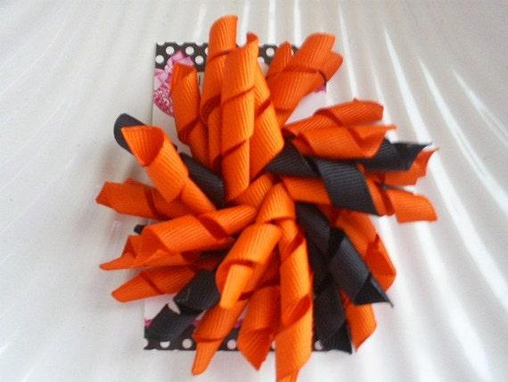 Large Halloween Treat Korker Bow