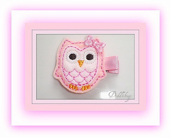 Adorable Pink and White Owl With Pink Polka Dot Bow Hair Clip
