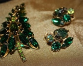 Vintage Emerald Green Brooch & Earring Set