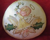 Cute Angel hand-painted sand dollar, for the Holidays. comes with free gift.