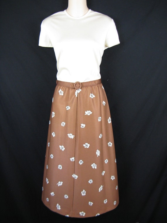 brown flower dress. 1970's cream bodice, floral skirt. large. new old stock.