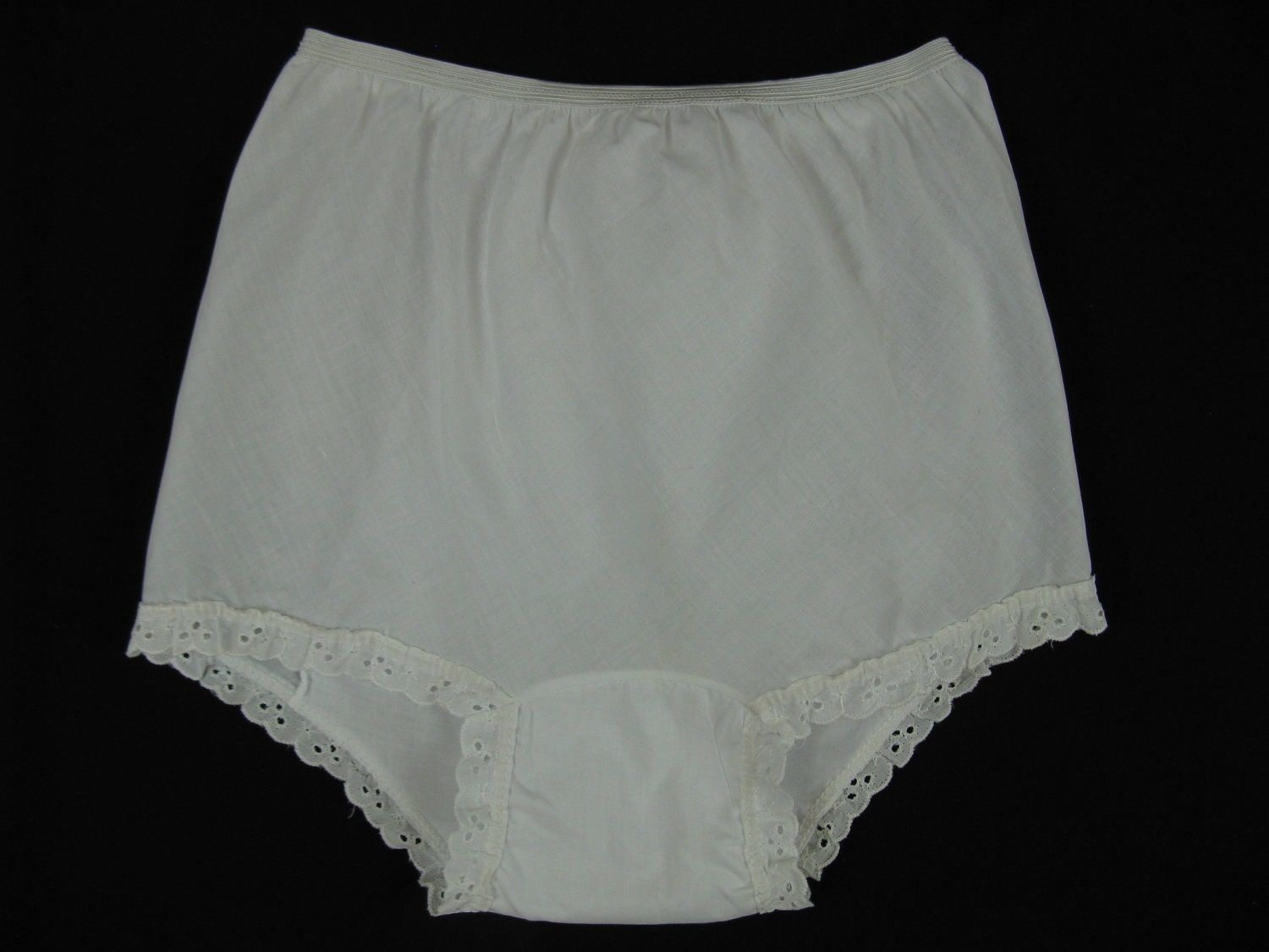 1950 S Ruffle Panties Little Girl White Cotton Eyelet