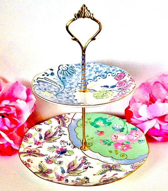 Le Petit Pretties Presents: The Isabelle China Dessert Tea Stand - 2 Tier