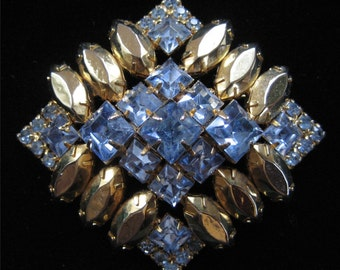 Brilliant and Rare Rhinestone Brooch with Gold Plated Rhinestones