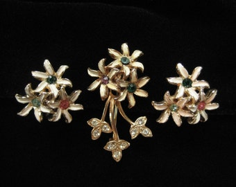 Tiny Enamel Flower Pin and Earrings Demi
