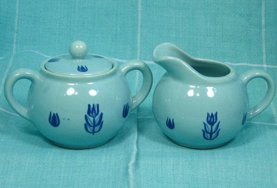 Cronin Cameron Clay Tulip Creamer and Sugar with Lid - Classic Mid-Century Hollowware Design: Blue on Blue