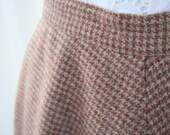 RESERVED for vintagefromfinland -  Vintage Center Pleat, Pink Hounds Tooth WOOL SKIRT - Sz Small