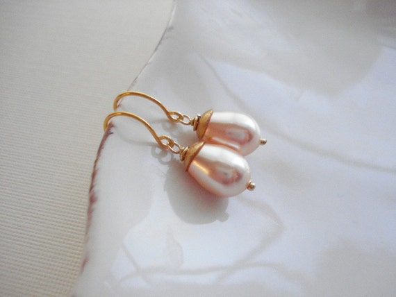 Peach Pear Pearl Gold Earrings, Modern, Wedding Jewelry, Gift For Her