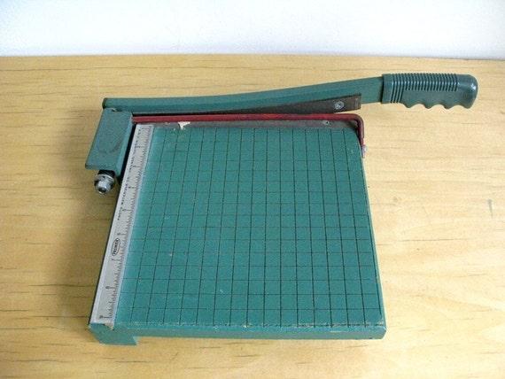 Vintage Green Paper Cutter