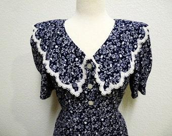 60s Cotton Dress Navy Blue White Floral print Lace trim dress Medium