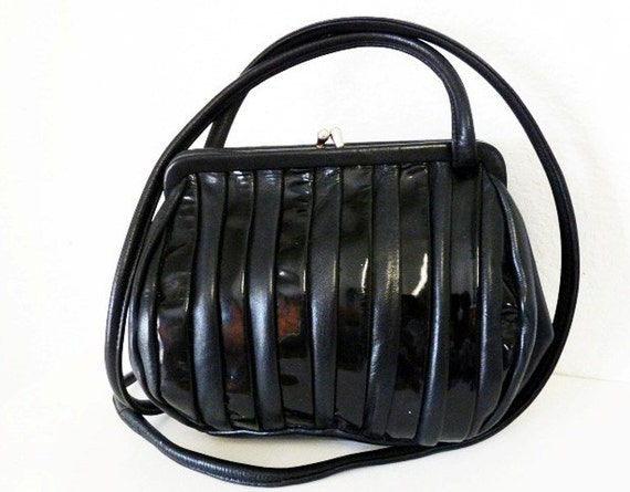 SALE Vintage Black Genuine Leather Purse BRIO Shoulder Bag Kiss Lock