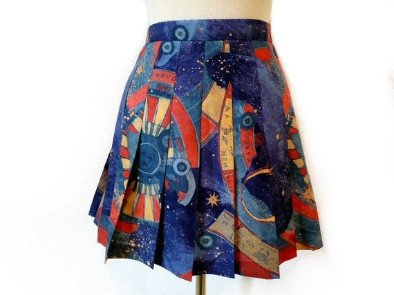 Vintage Mini Skirt Lily's of BEVERLY HILLS Pleated Celestial Print