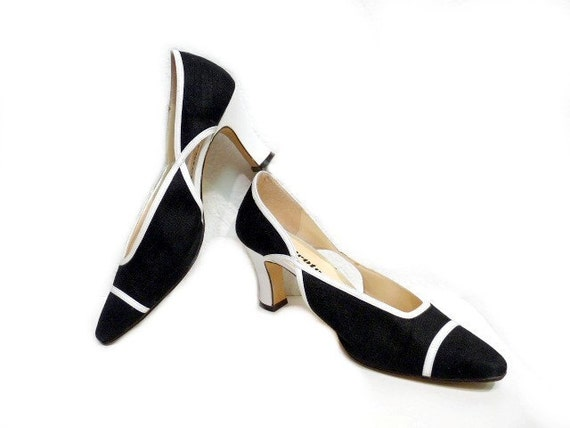Vintage Black and White Pumps Heels Shoes  with leather trim Women 7.5M