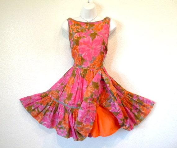 RESERVED Vintage Summer Dress Cotton Pink Floral Garden Print Full Skirt Light the Way