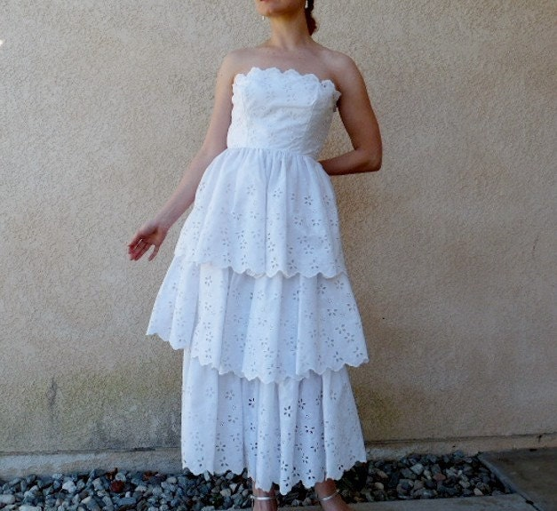 301 moved permanently for White cotton eyelet wedding dress