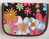 Flower Wallet - PDF pattern Great beginner project
