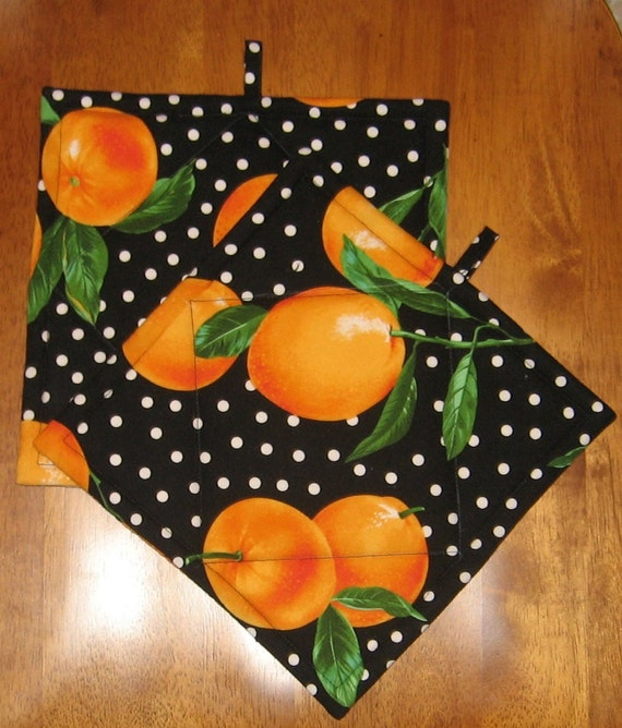 Peaches with  Black and White Polka Dot Pot Holders Set of Two