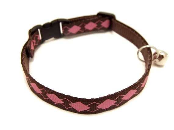 Pink and Brown Argyle Breakaway Cat Collar