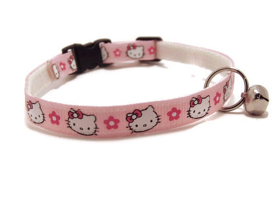 Hello Kitty Breakaway Cat Collar