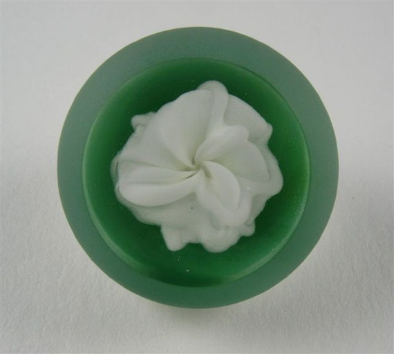 Paperweight Glass Button with Self Shank