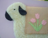 Primitive Sheep Decor Penny Rug Wool Felt Wall Hanging Pink Tulips Spring