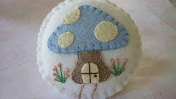 Felt Pincushion Mushroom Cottage