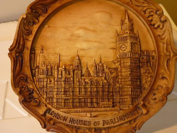 Vintage Souvenir - London Houses of Parliment - Chalkware Plaque - Wall Hanging - London Souvenir - Parliament