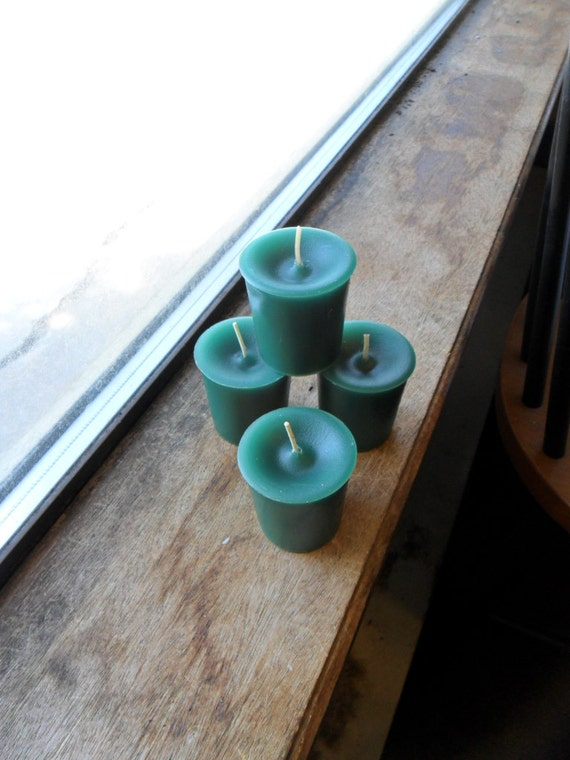 Autumn lodge scented, handmade votive candle, green candle, scented candle (1)