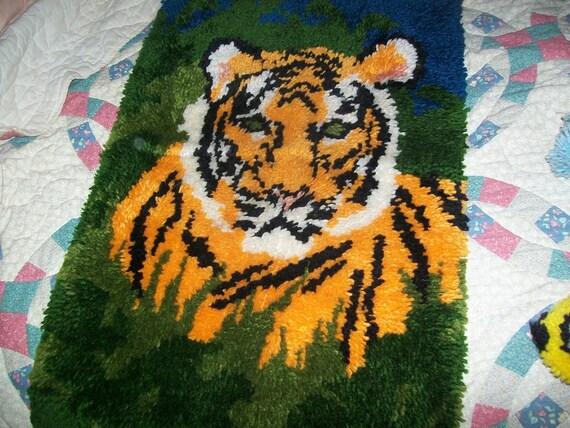 vintage tiger lattch hook rug Tiger design nice