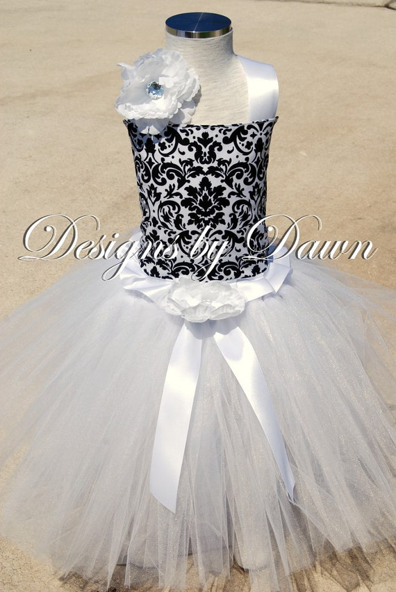 Black and White Damask Flowergirl Dress. Corset top, floor length tutu skirt, hair clip. Size 12m-5T. Custom sizes and colors available