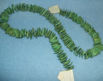 MOP SEASHELL BEADS, DYED GREEN, SPACED