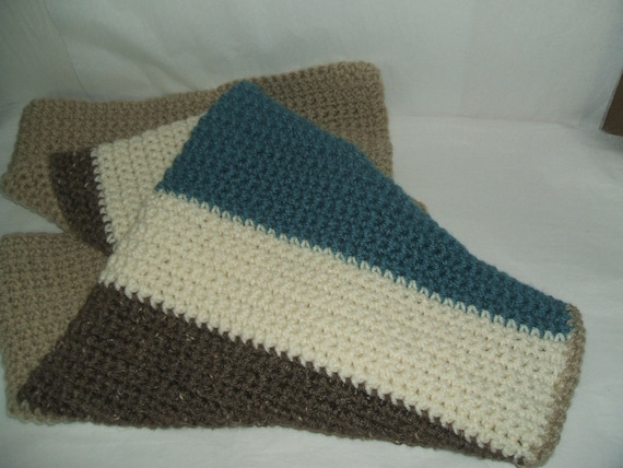 NEUTRAL COLORS Small THROW