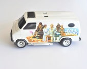 1977 Star Wars White Hard Plastic Van General Mills Fun Group Kenner Products with Luke Leia Han Chewy and other Characters