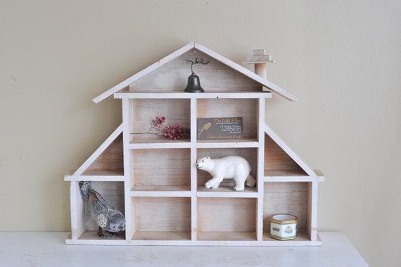 Reserved For Leahpipe // Vintage Wooden House Knick Knack Wall