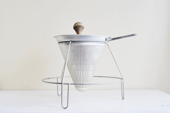 Country Industrial Farmhouse Chic Vintage WearEver Aluminum Sieve Strainer  with Stand