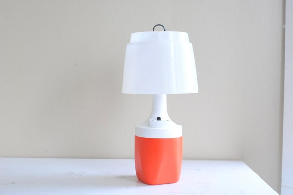 Vintage Orange and White Plastic Ray O Vac Portable Table Lamp with Box