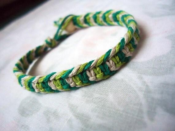 Multicolored Green Hemp Bracelet