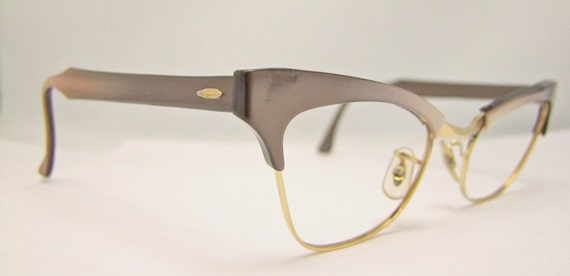 Beautiful BAUSCH and  LOMB EYEGLASSES 50  Cat Eye Browline Beauty's Goldfilled Taupe fade outs
