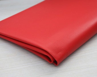Red Thick Leather 140cm , U2103