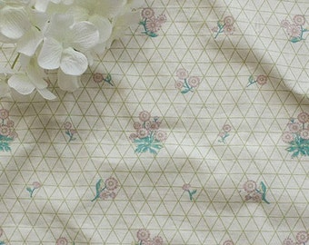 Sale, A Yard of Calm Daisy and Oblique Line on Cotton WIDE 155cm, U2313