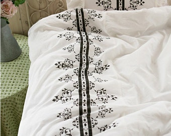 3 Yards of Romantic Classic Border ASSA Cotton WIDE 155cm, U2424