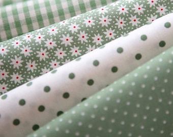 Green Floral, dots, and check Cotton fat Quarter Set of 4, U2441