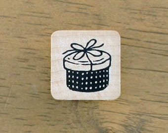 SALE, Petit Gift Box Stamp, U2590